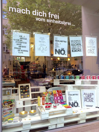 FUNI SHOP, Veteranenstr. 17, 10119 Berlin