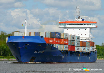 Containerschiff WES JANINE