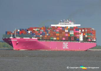 Containerschiff ONE HAMMERSMITH