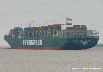 Containerschiff EVER GENTLE