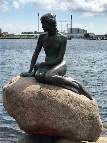 アンデルセン 人魚姫像