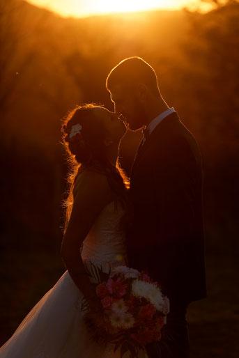 Séance couple au coucher du soleil photo de mariage Haute-Saône Franche-Comté
