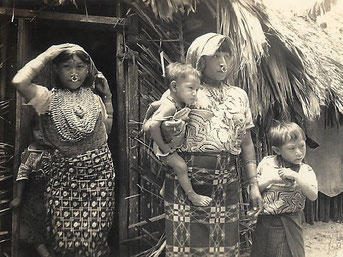 Kuna Family, around 1943
