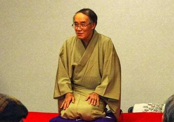 福々亭笑助こと佐藤一吉理事長による落語。演目は「小言念仏」でした。