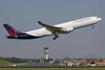 OO-SFN Brussels Airlines A330