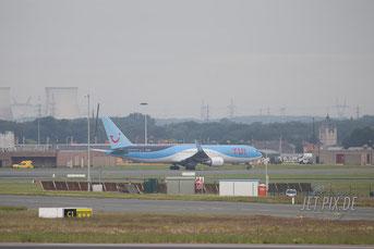 OO-JNL Jetairfly Boeing 767