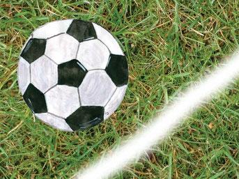 Grußkarte Fussball Rasen Ball