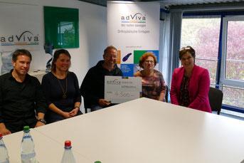AdViva Spende für Fachliteratur für Frühchen-Eltern