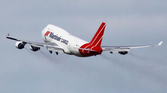 The 747 PH-MPS is the last Jumbo flying in Martinair's colours
