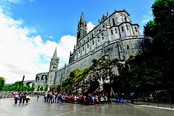 Der französische Marienwallfahrtsort Lourdes ist eines der zahlreichen Ziele der Pilgerreisen, die die Eichstätter Pilgerstelle im Jahr 2020 anbietet. pde-Foto: Wolfgang Radtke/Bayerisches Pilgerbüro.