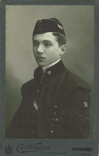 Stefan Lukasiewicz (1892-1939) Akademii Górniczej w Leoben 1909, Großvater von Magdalena Bernacka
