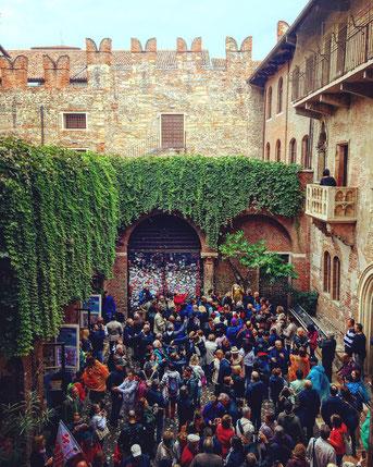Verona balcone Giulietta Capuleti Via Cappello William Shakespeare Veneto Italia Romeo e Giulietta