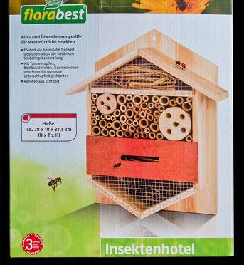 """Das """"Insektenhotel"""" der Firma LIDL"""