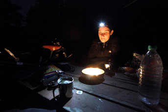 Headlamp-Dinner mit Candlelight