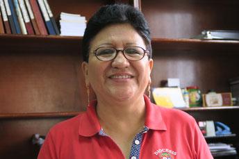 Blanca de Pinela, Verantwortliche für das Patenschafts- und Stipendienprogramm in Santo Domingo.