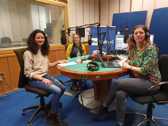 Carmen Ramoser, Nadia Rungger und Moderatorin Simone Mayr