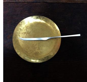 チーズナイフ 16cm(銀) ¥4,000〜5,000