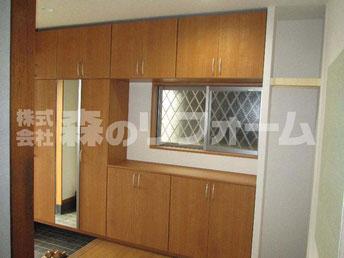 流山市まるごとリフォーム 玄関リフォーム後 窓をペアガラスに変更し容量のある玄関収納を設置