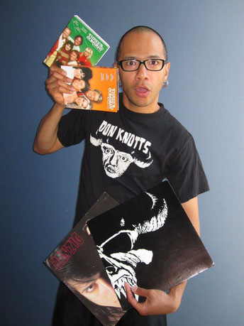 "Danko Jones mit ""Don Knotts""-Funshirt"