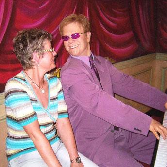 Karin & Elton beim Stadthallenauftritt 1987