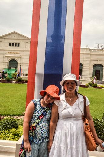 Laufen macht müde - Momentaufnahme im Wat Phra Kheo (Foto: Daniel Schlenk)