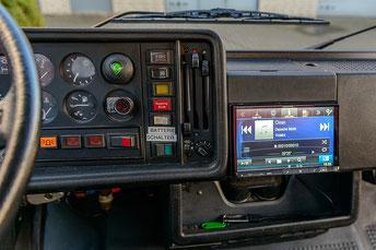 Alpine >NE-W928R als Navigation und Headunit in der Mittelkonsole