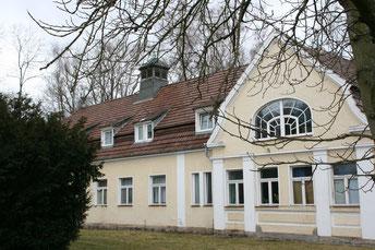 Der Marstall für die Familie von Arnim in Gerswalde fiundet sich ebenfalls im Werkverzeichnis von Paul Korff.