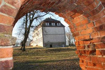 Groß Fredenwalde, hier hgeiratete ein Nachkomme Achim von Arnims ein.