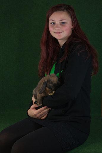 Kaninchenzüchterin Vivian Eggert vom Kaninchenzuchtverein G87 Gardelegen e.V.
