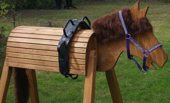 Voltigierpferd aus Holz