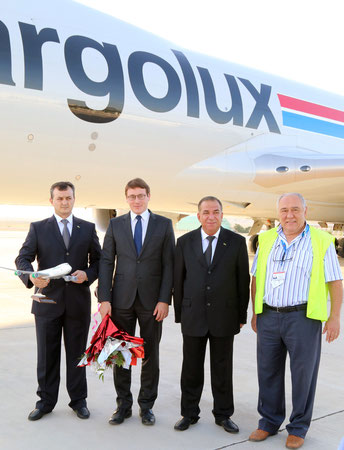 Welcomed the aircraft (l > r), Turkmenbashi's Airport Chief Serdar Orazov, CV's VP Corporate Development Maxim Strauss, Deputy Director Turkmenistan Civil Aviation Ymamberdi Ymamberdiev, Bulent Ilhan, Director Central Asia, Turkey, Cargolux  /  source: CV