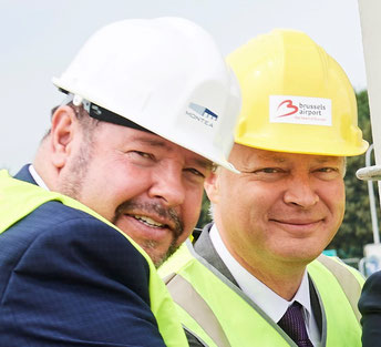 John Batten of WFS (left) and BRU's Arnaud Feist enjoying the cornerstone ceremony  -  photo: Montea
