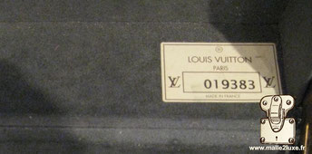 Etiquette Louis Vuitton :    R Louis Vuitton Paris  Made in france
