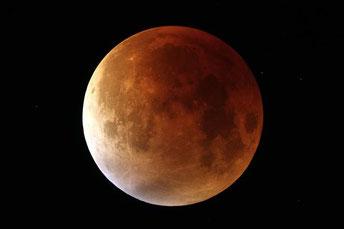 Mondfinsternis vom 28. September 2015 (Foto: Gerald Reiser)