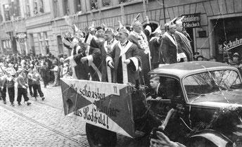 KG Weiß-Rot 1938 auf der Wanheimer Straße