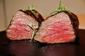 Steak blutig