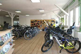 große e-Bike und Pedelec Auswahl in der e-motion e-Bike Welt Bonn