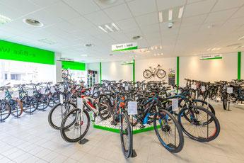 große Markenvielfalt in der e-motion e-Bike Welt Olten in der Schweiz