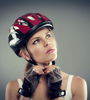 e-Bike und Pedelec Zubehör, wie Sättel, Licht, Klingel, Helme, Schlösser, Gepäckträger in der e-motion e-Bike Welt Tönisvorst kaufen