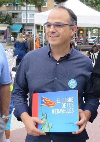 Jordi Turull, Cornellà, 7 de setembre. «Eh! Jo aquestes fotos les conec, són les del calendari aquell... com es deia? Catalonia Dreamin'?»