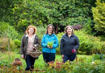 Claire, Georgina & Alicia