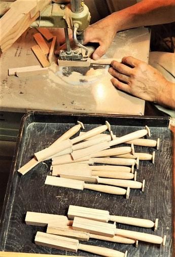 バターナイフ製作中~糸のこ切り~
