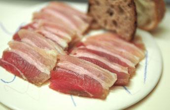 「自家製パンチェッタ」平皿Cocciorino