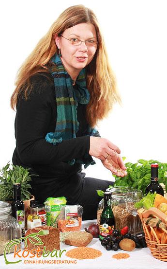 Doreen Garlipp -Staatlich geprüfte Diätassistentin, Qualifizierte & Zertifizierte Diät- & Ernährungsberaterin, Mitglied im VDD, VFED, DGE/ Schwerpunkte: Ernährungstherapie, -beratung in Einzel- / Gruppenschulungen, Prävention, Kurse. In Zahna-Elster