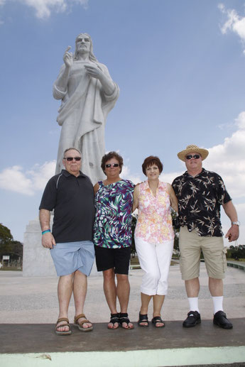 Christ of Havana with Canadians visitors