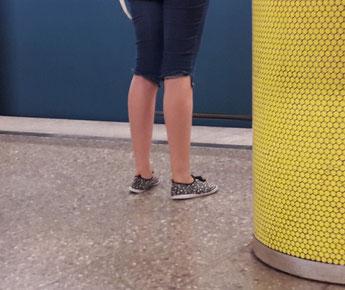 Die Grundhaltung der Füße und Beine