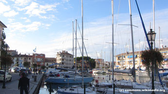 Mittwoch: Nach der Ankunft in Grado gibt es Rundgang durch die malerische Hafenstadt im Golf von Venezien, die früher ein bedeutender Seehafen war, heute vor allem für die Fischerei.