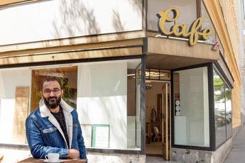 Stammlokal, Cafe, Interview, Holochergasse, Wien, Spazieren, Reden, Austausch, Sonntag, Heimat, Identität, religion, Flucht, Bewegung