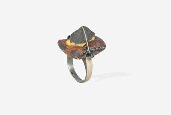 """""""SLATE ROCK"""" 1993 Silver, copper, steel, suede  24x23x40 mm. 10gr.  size 17  Ø 17,9"""
