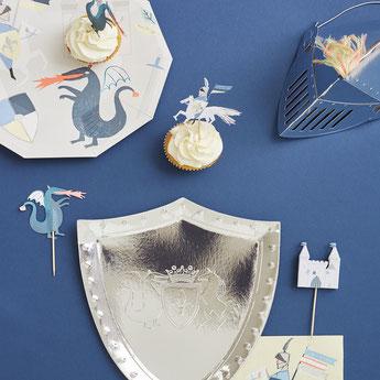 decoration-anniversaire-chevalier-dragon-meri-meri